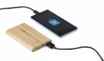 power-bank-in-bamboo